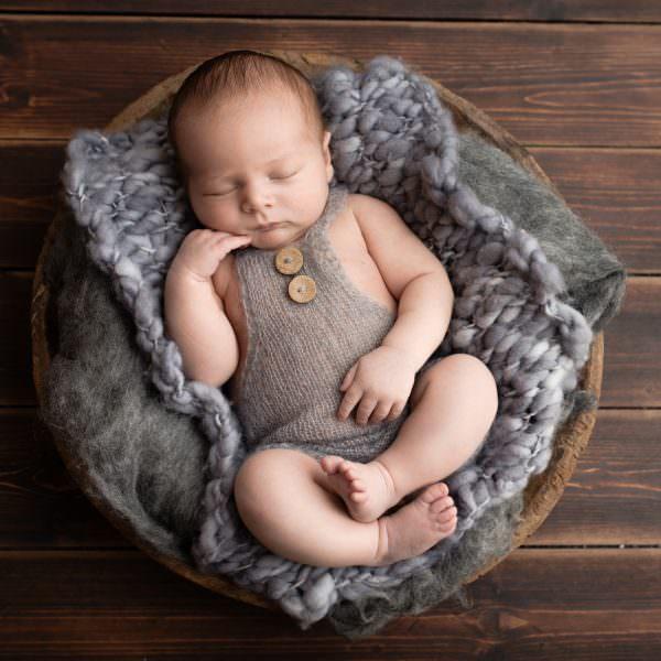 Newborn photography Aberdeen-28